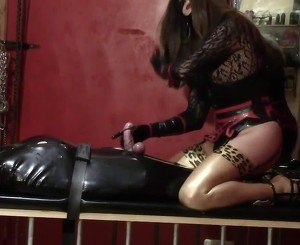 Facesitting in Latex Stockings, Free BDSM Porn 2a: