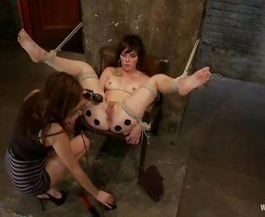 Princess Donna buzzes her slave in more ways than one
