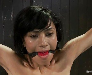 Mad Bound Act For Ebony Haired Woman Beretta James