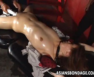 Inviting Japanese chick tied up and forced to cum