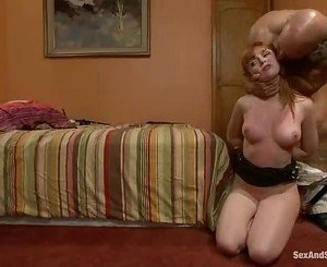 Alluring slut Marie McCray gobbles down this juicy rod