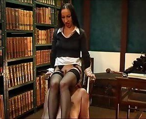 Strict Mistress: Free German Porn Video 4a -